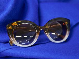 Anne et Valentin, occhiali rétro di tendenza